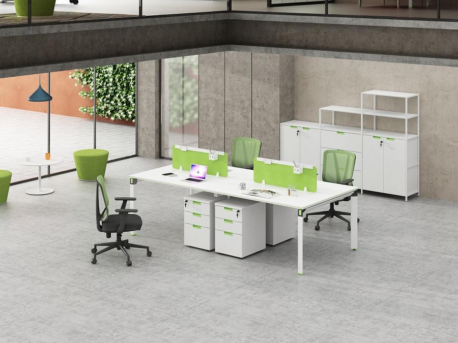 محطة عمل موظفي المكتب