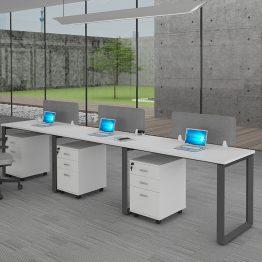 שולחן משרדי נורדי